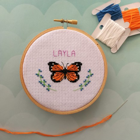 Cross stitch on aida